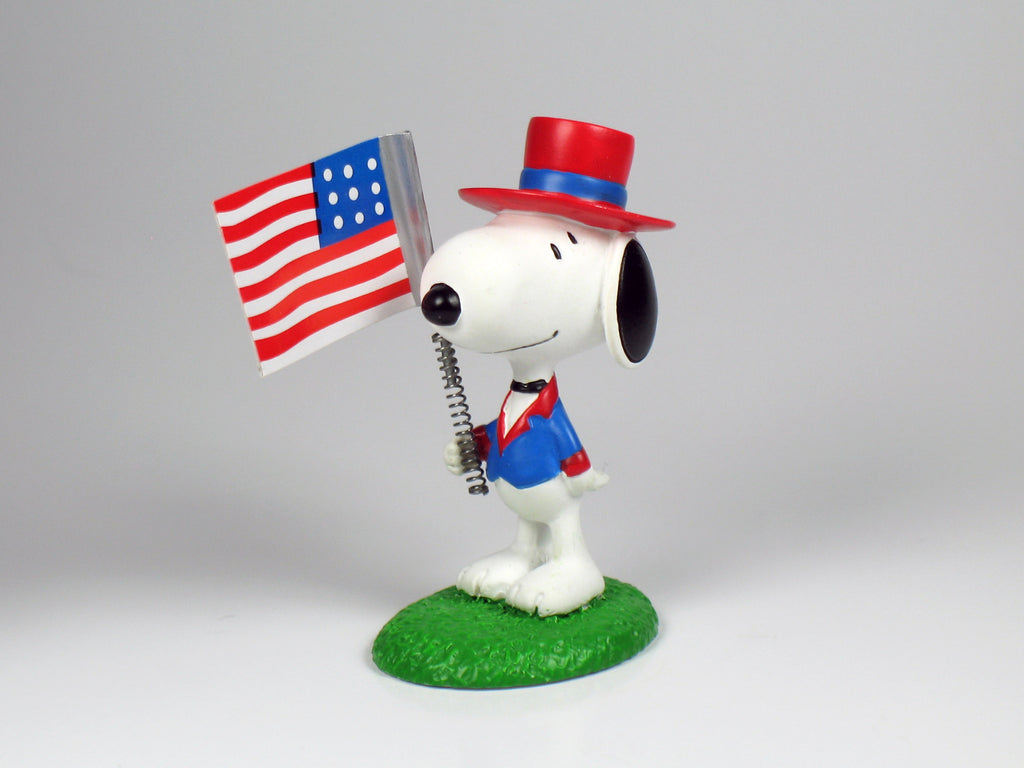 Danbury Mint Snoopy Spring Figurine - 4th of July