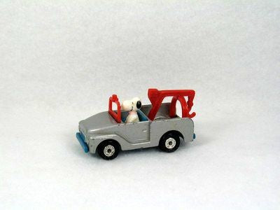 Snoopy Die-Cast Tow Truck