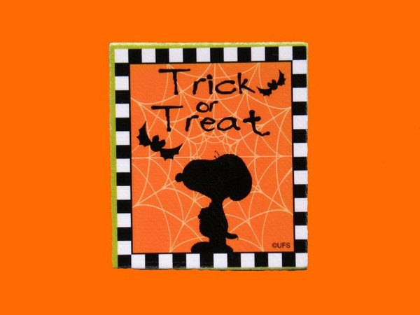 Snoopy Trick Or Treat Scrapbooking Embellishment