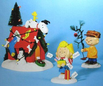 "Dept. 56 ""A Very Snoopy Christmas"" With Lighted Doghouse"