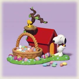 "Dept. 56 ""Snoopy's Easter Dog House"" Lighted Candy Dish"