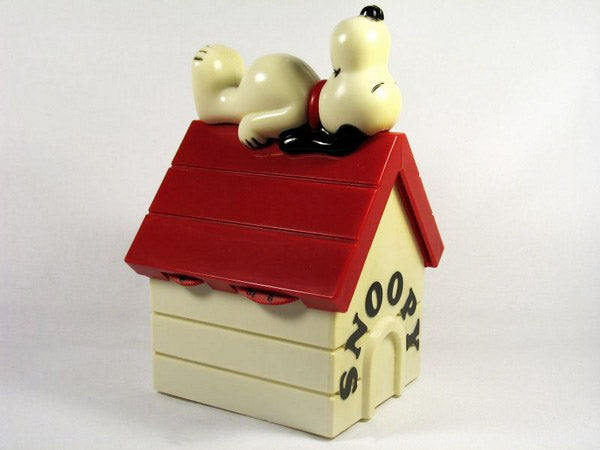 Snoopy's Doghouse AM Radio