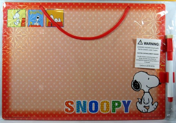 Hanging Dry Erase Board With Marker - Snoopy