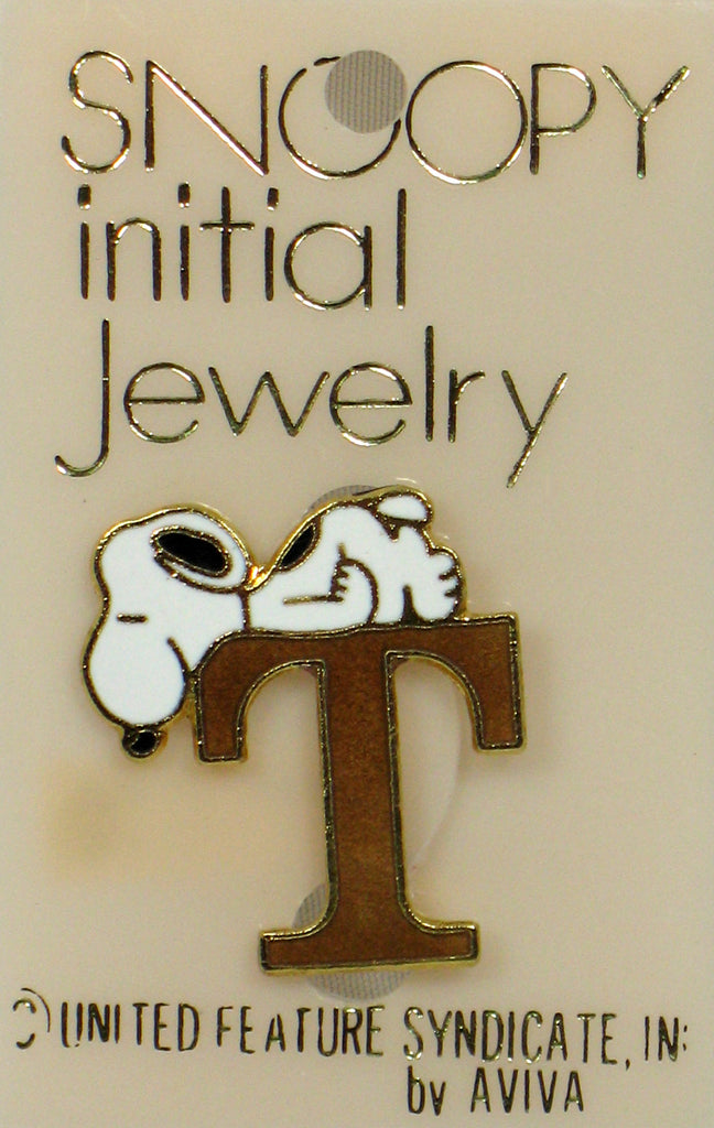 "Snoopy Alphabet Cloisonne Pin - Gold ""T"""