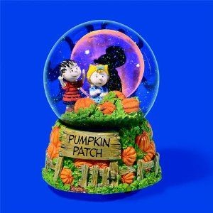"Dept. 56 ""The Great Pumpkin"" Lighted Water Globe"
