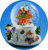Peanuts Gang Christmas Musical Water Globe