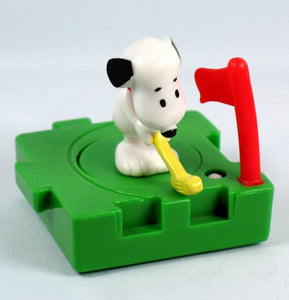 McDonald's 1997 Snoopy Puzzle Piece Toy - Golfer