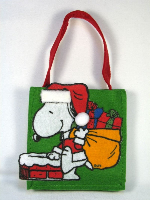 Snoopy Felt Holiday Treat Bag - Green