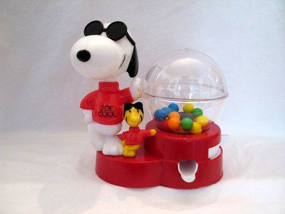 Joe Cool and Woodstock Gumball Machine