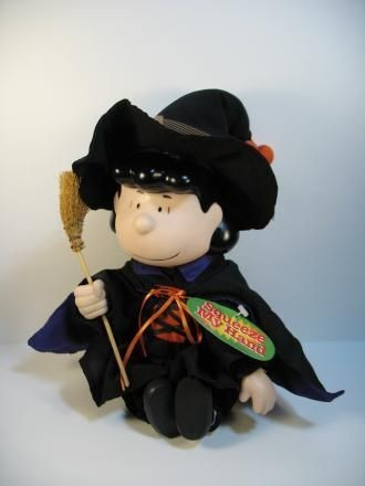 Peanuts Halloween Animated and Musical Dancing Rubber Doll - Lucy Witch