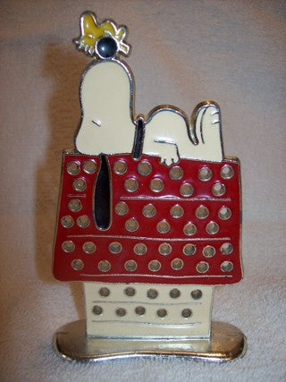 Snoopy Vintage Metal Jewelry Holder