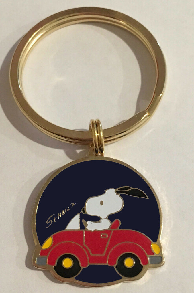 Snoopy Driving Car Metal Key Chain
