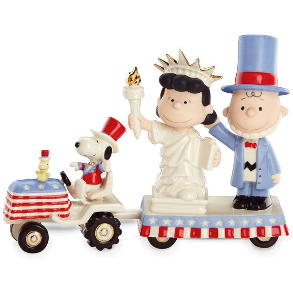 "Peanuts ""It's Independence Day, Charlie Brown"" Figurine"