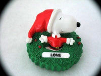 SNOOPY LOVE ORNAMENT