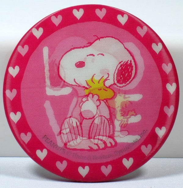 SNOOPY VALENTINE'S DAY LENTICULAR PINBACK BUTTON - LOVE