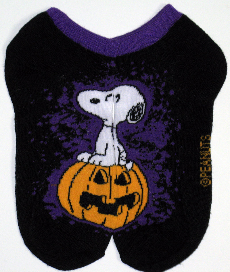 GREAT PUMPKIN Details about  /New PEANUTS Ladies HALLOWEEN 5 Pair No Show Socks SNOOPY LUCY