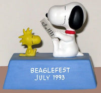 Beaglefest 1993 Peanuts Collector's Club Musical Figurine