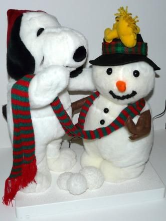 Snoopy and The Snowman Large Dancing Plush Dolls