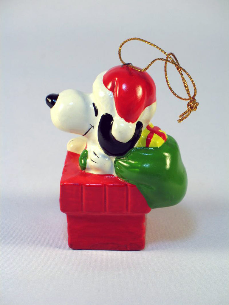1979 Snoopy Santa Christmas Ornament