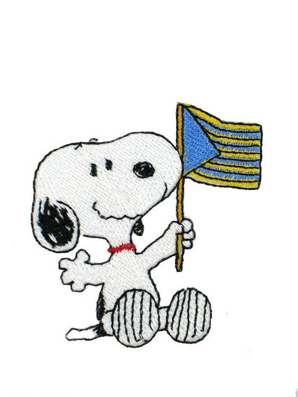 FLAG-WAVING SNOOPY PATCH