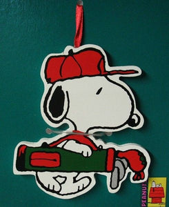 ADLER SNOOPY GOLF ORNAMENT