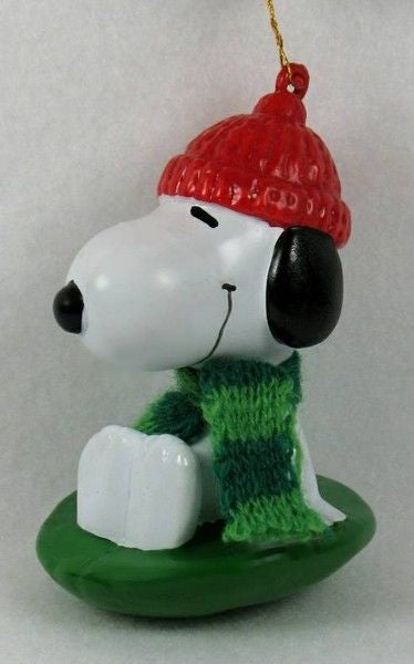ADLER SNOOPY ON SLED / DISC ORNAMENT
