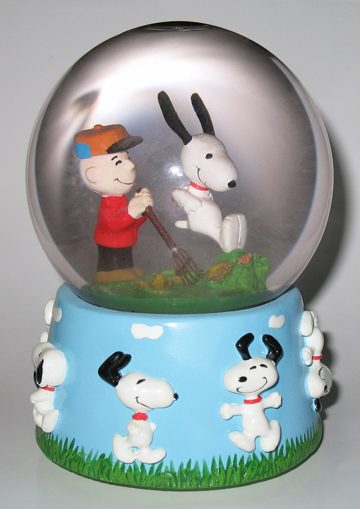 "Flambro Charlie Brown and Snoopy Musical Water Globe - ""Everything is beautiful"""