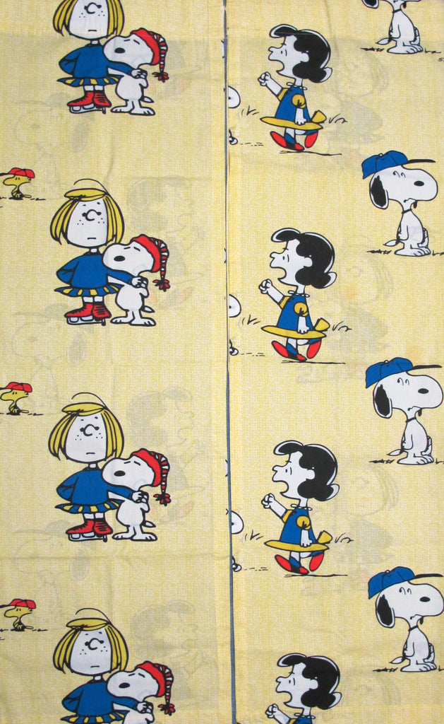 Peanuts Gang Vintage Rod-Style Curtain Set (Long Panels)