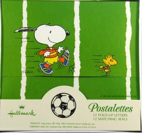 Snoopy Soccer Postalettes