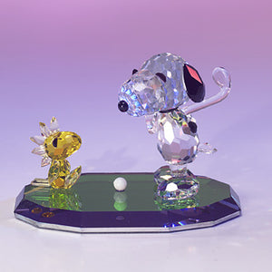 Crystal World Peanuts Figurine: Golfing Snoopy