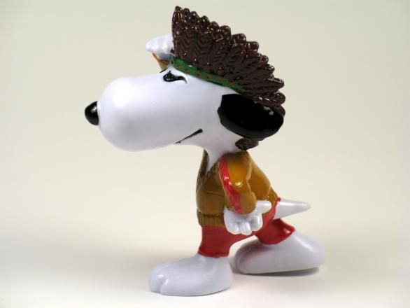 SNOOPY INDIAN PVC