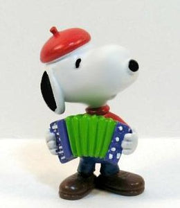 SNOOPY ACCORDIAN PLAYER PVC