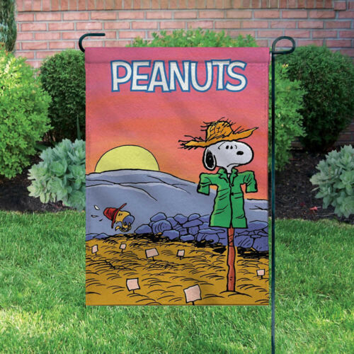 Peanuts Double-Sided Flag - Snoopy Halloween Scarecrow