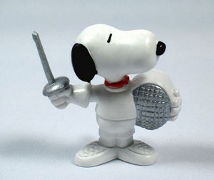 1984 OLYMPICS SNOOPY FENCER (SILVER MASK)