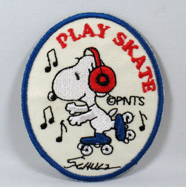 SNOOPY SKATING PATCH - PLAY SKATE