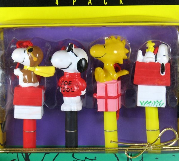 Peanuts Gang PVC Pen Set With Lanyards - 4 Pack