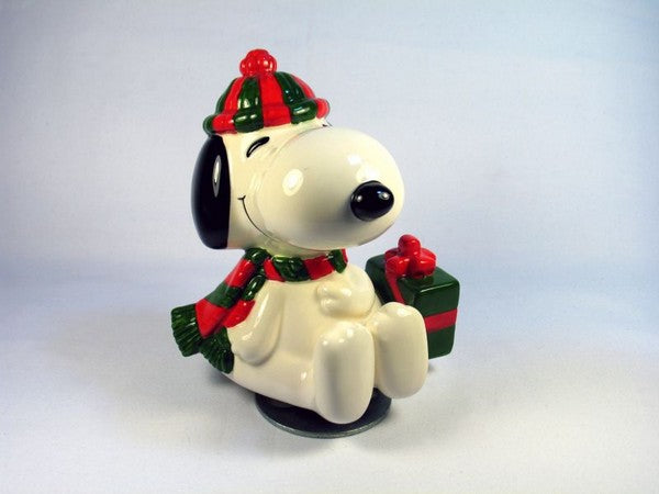 "Snoopy Christmas Gift Revolving Musical - ""We Wish You A Merry Christmas"""
