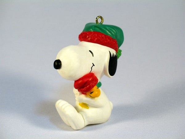 1990 Snoopy and Woodstock Hug Christmas Ornament