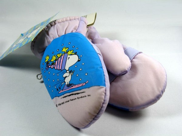 Snoopy Skier Infant Mittens