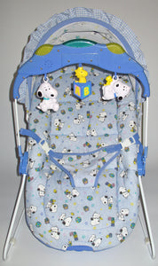 Baby Snoopy Activity Bouncer With Lights, Music, and Soothing Vibration (Brahm's Lullaby)aby
