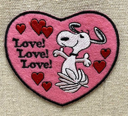 SNOOPY LOVE PATCH