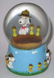 "Flambro Beaglescouts Musical Water Globe - ""Sunshine On My shoulders"" (New But Near Mint)"