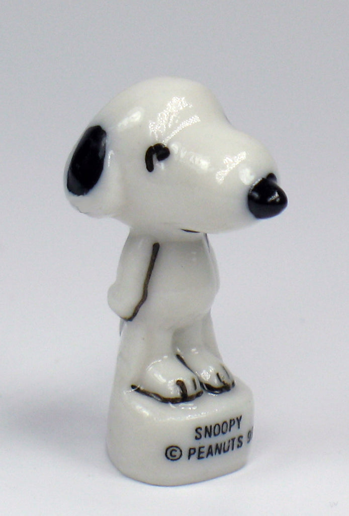 Peanuts Mini Porcelain Figurine - Snoopy