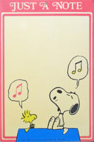Snoopy Singer Write-On Memo Board