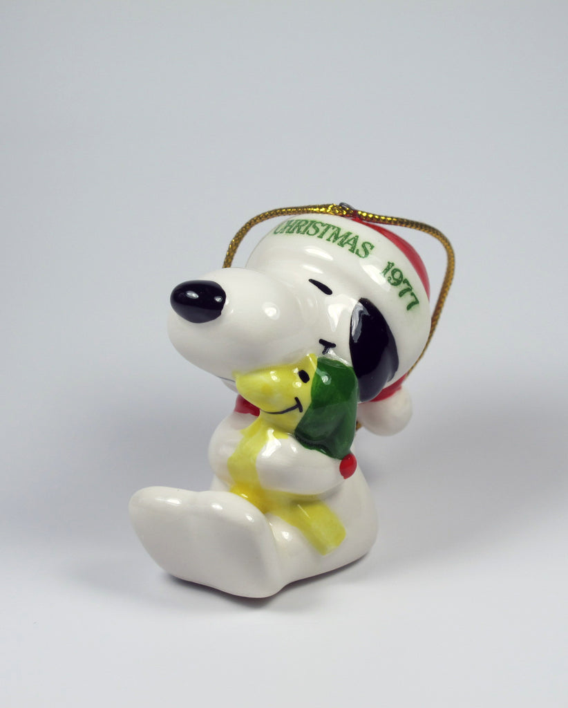 1979 Snoopy Hugs Woodstock Christmas Ornament