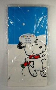 Peanuts Gang Christmas Table Cover