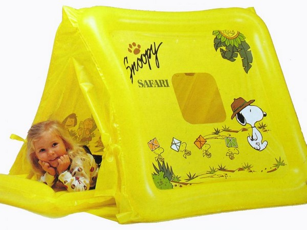 Snoopy Inflatable Play Tent With Air Mattress