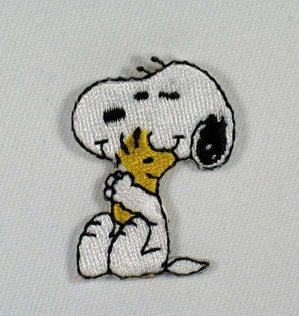 SNOOPY HUGS WOODSTOCK PATCH