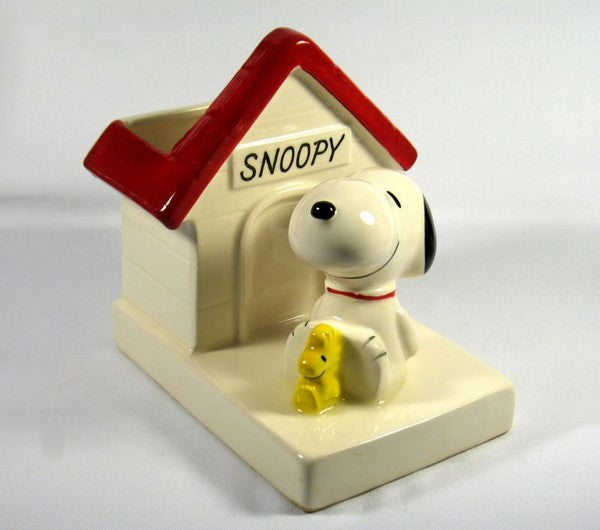 Snoopy's Doghouse Planter