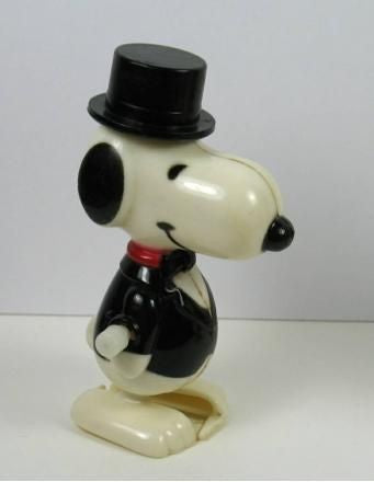 Snoopy Wearing Top Hat Walker